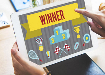 Infinite Email Subscribers: Viral Giveaway & Social Contests (The Perfect Giveaway)
